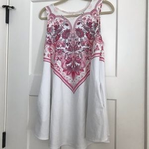 Tops - Women's paisley blouse with POCKETS!